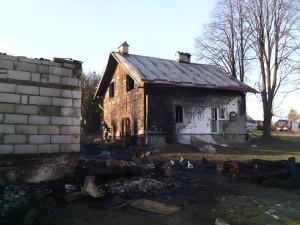 Załazek-spaliła-się-stodoła-obora-dom.-Pomóżmy-7-300x225